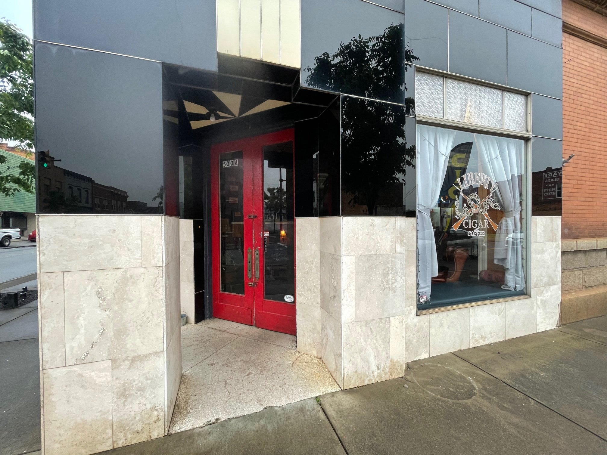 Hollywood Travels – Liberty Cigar and Coffee Company